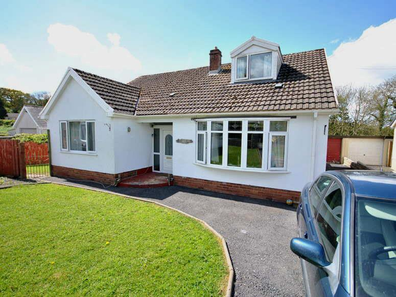 4 Bedrooms House for sale in Cwmffrwd, Carmarthen