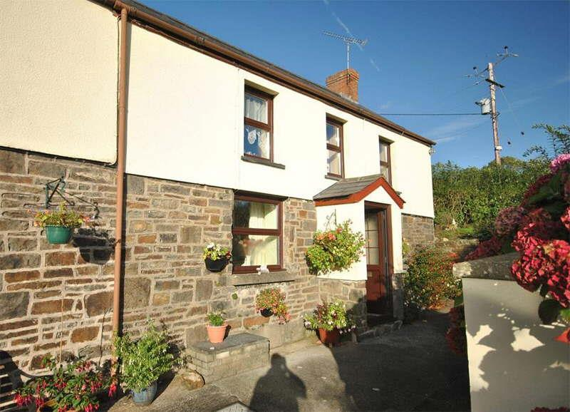 3 Bedrooms Cottage House for sale in Nr Bancyfelin, Carmarthen