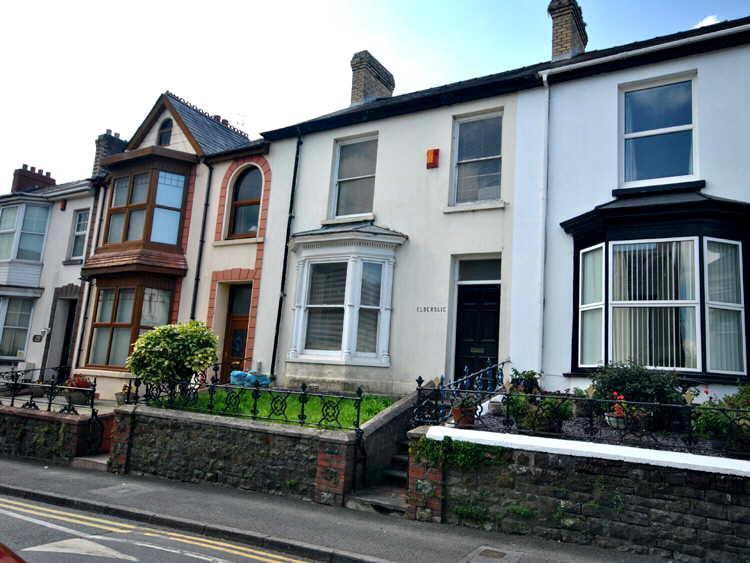 4 Bedrooms House for sale in Waterloo Terrace, Carmarthen