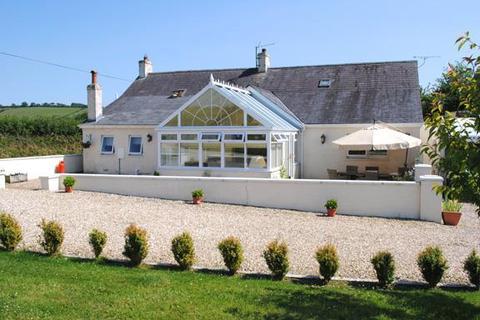 5 bedroom property with land for sale - Skanda Vale Road, Llanpumsaint, Nr Carmarthen