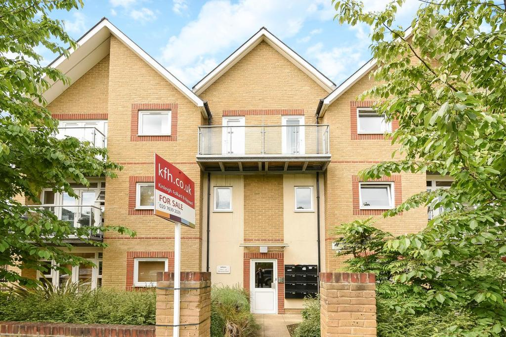 2 Bedrooms Flat for sale in Gordon Road, Nunhead, SE15