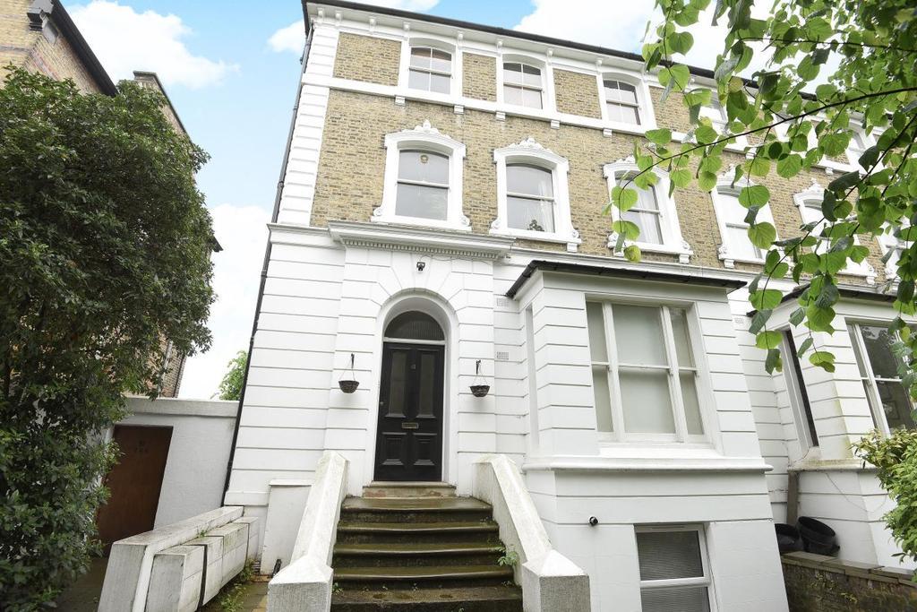 2 Bedrooms Flat for sale in Mount Ephraim Road, Streatham, SW16