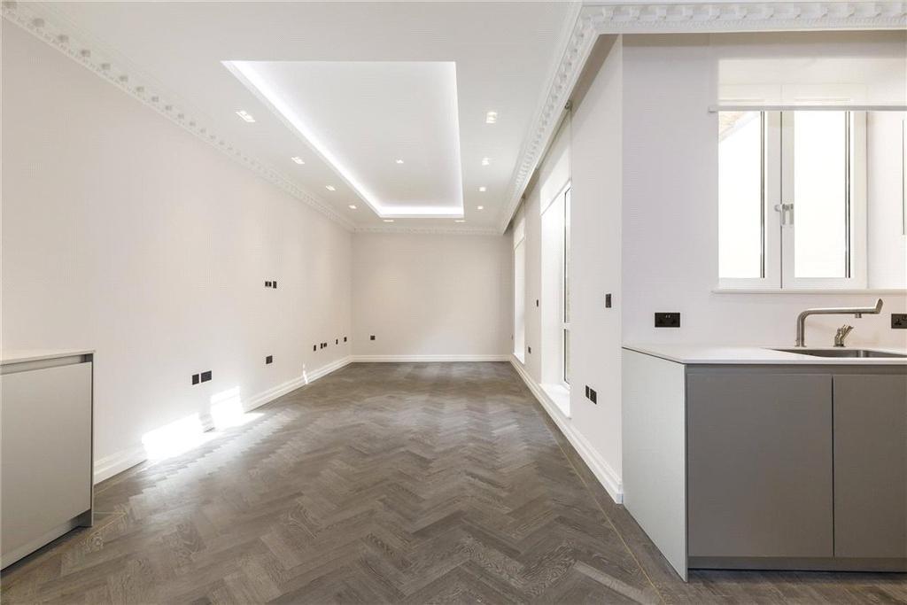 3 Bedrooms Flat for sale in 4-5 Queen Street, Mayfair, London, W1J