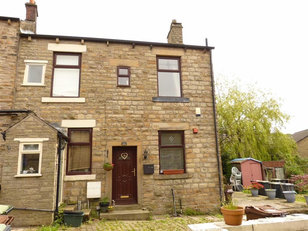 2 Bedrooms Terraced House for sale in St Andrews Court, Hadfield, Glossop