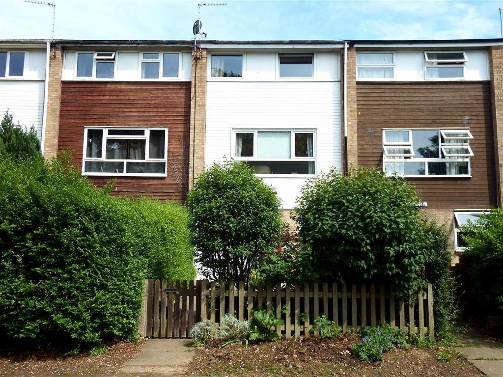4 Bedrooms Terraced House for sale in Durham Road, Stevenage, Hertfordshire, SG1
