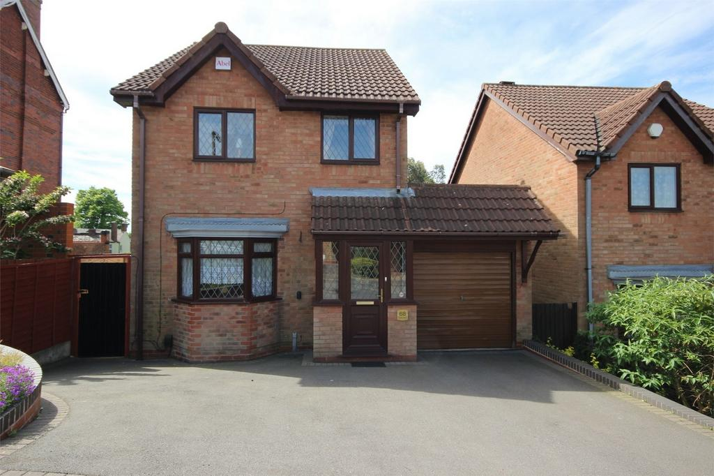 3 Bedrooms Detached House for sale in 68 Terrace Street, ROWLEY REGIS, West Midlands