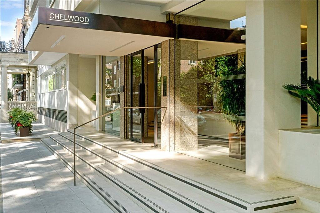 4 Bedrooms Flat for sale in Chelwood House, Gloucester Square, London, W2