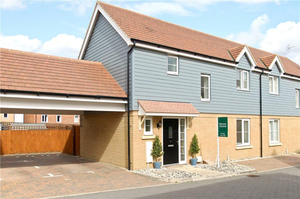 3 Bedrooms Semi Detached House for sale in Hill Pastures, Redhouse Park, Milton Keynes, Buckinghamshire