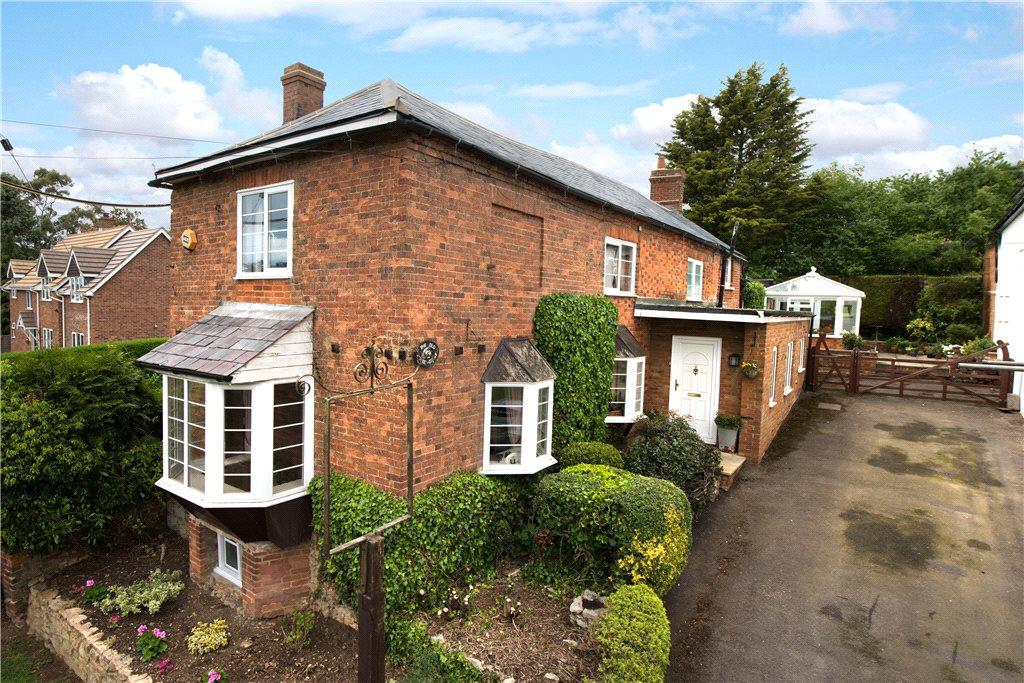 4 Bedrooms Unique Property for sale in Main Street, Padbury, Buckinghamshire