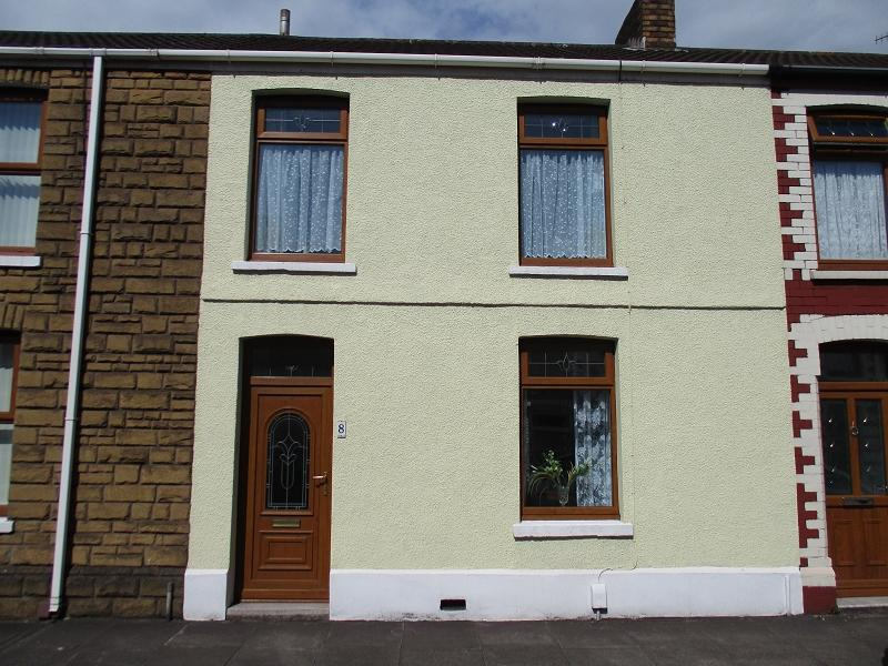 3 Bedrooms Terraced House for sale in Ffrwd-wyllt Street, Port Talbot, Neath Port Talbot.