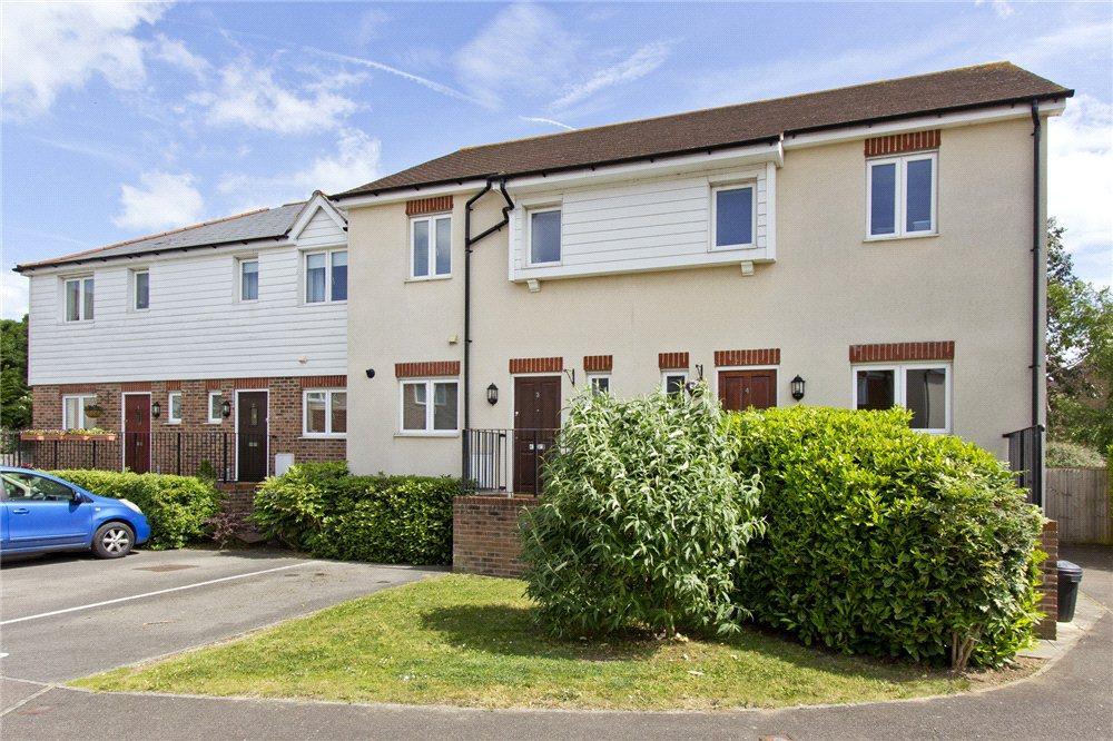 2 Bedrooms Terraced House for sale in Tekram Close, Edenbridge, Kent