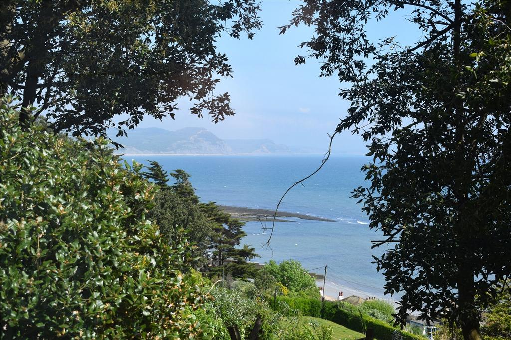 2 Bedrooms Flat for sale in St. Michaels House, Pound Street, Lyme Regis, Dorset