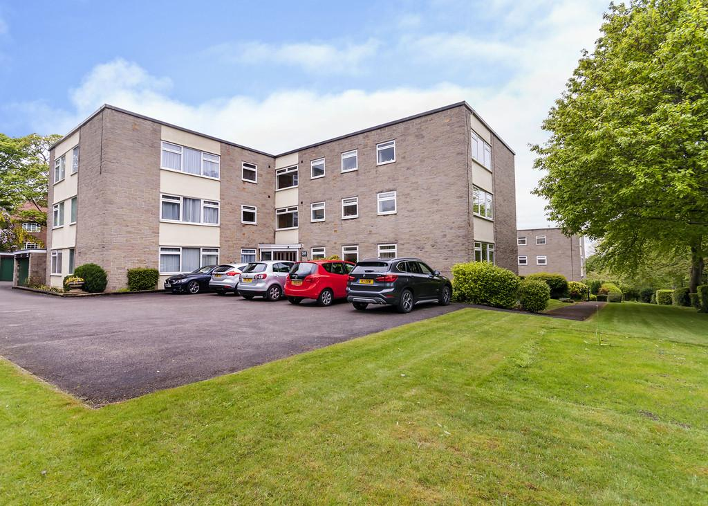 3 Bedrooms Penthouse Flat for sale in Flat 7 Newfield Court , 588 Fulwood Road, Fulwood, S10 3QE