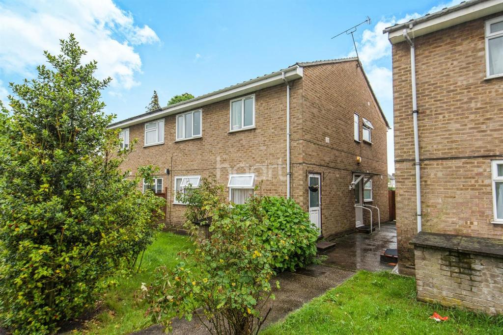 2 Bedrooms Maisonette Flat for sale in Hayes End