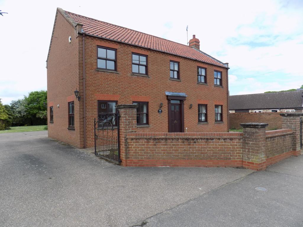 5 Bedrooms Detached House for sale in Town Street, Upwell