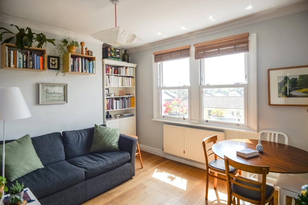 1 Bedroom Flat for sale in Lenthall Road, London, E8