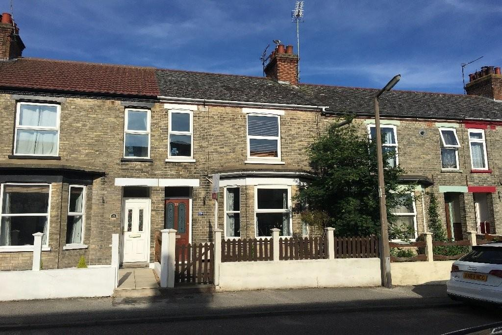3 Bedrooms Terraced House for sale in Winnipeg Road, North Lowestoft