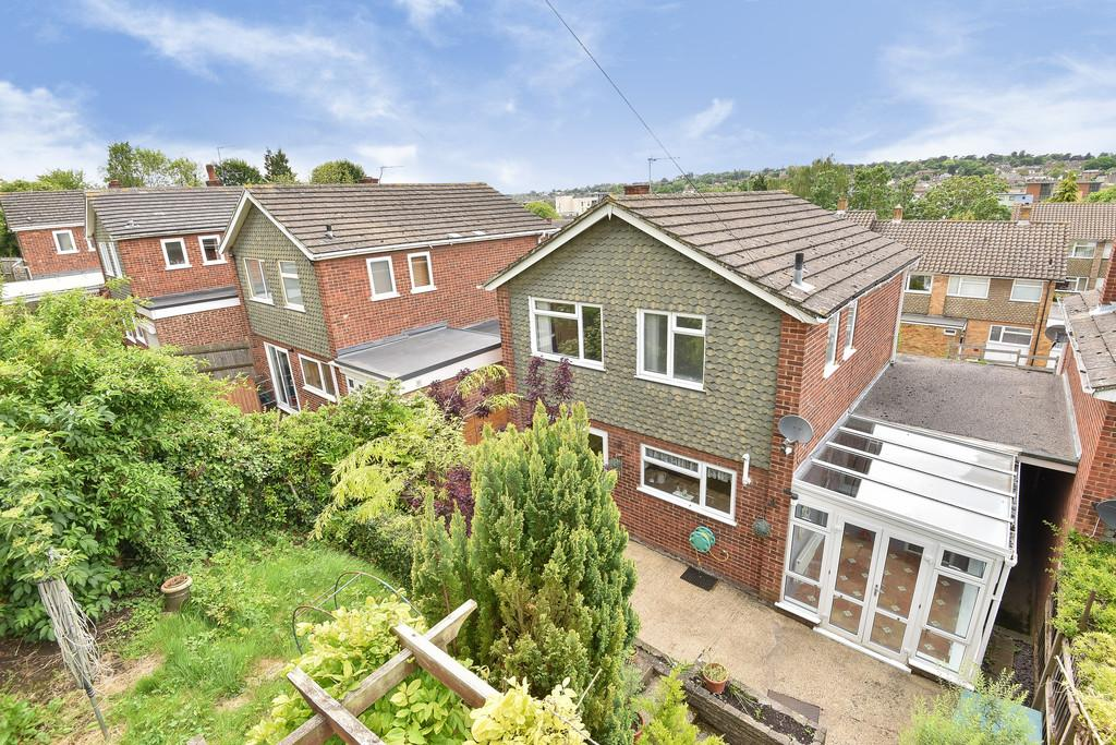 3 Bedrooms Detached House for sale in Underwood Close, Maidstone