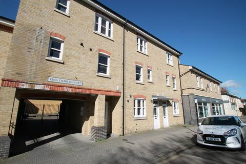 3 bedroom maisonette to rent - King Charles Court, 144 Moulsham Street