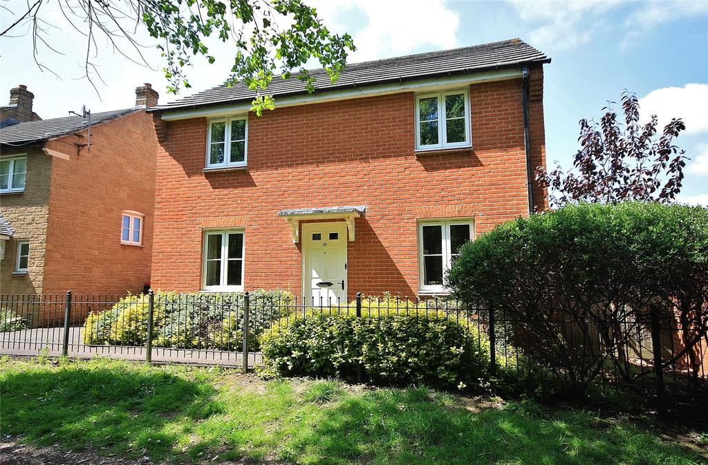 3 Bedrooms House for sale in Carnival Close, Ilminster, Somerset, TA19