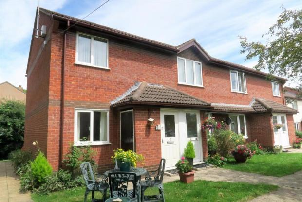 2 Bedrooms Apartment Flat for sale in Langham Gardens, Taunton TA1