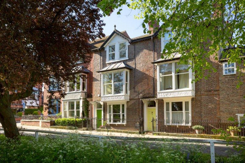 5 Bedrooms Terraced House for sale in Clifton Green, York, YO30