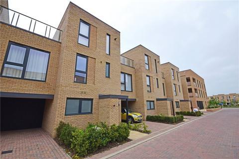 4 bedroom terraced house to rent - Baker Lane, Trumpington, Cambridge, Cambridgeshire, CB2
