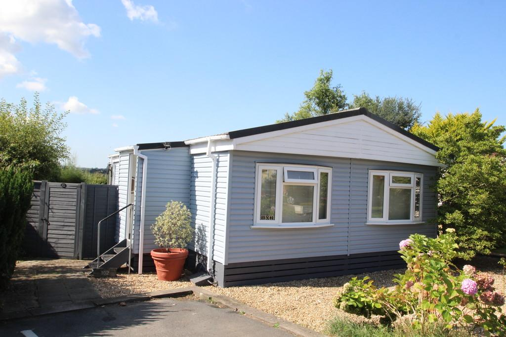 2 Bedrooms Park Home Mobile Home for sale in Medina Park, East Cowes