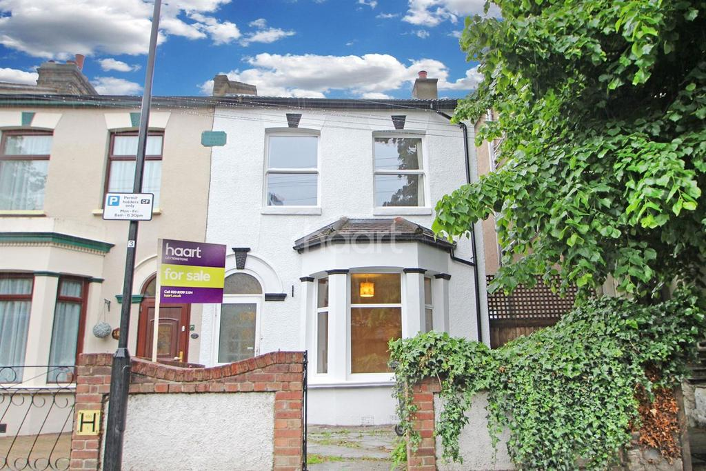 3 Bedrooms End Of Terrace House for sale in South Birkbeck Road
