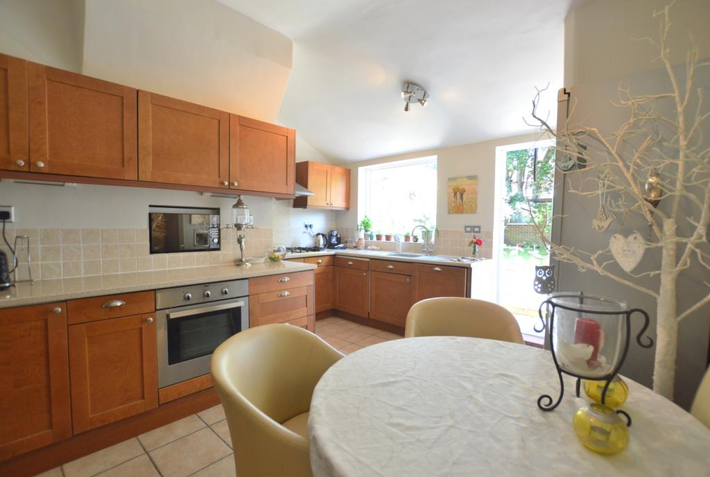 5 Bedrooms Terraced House for sale in Dukesthorpe Road Sydenham SE26