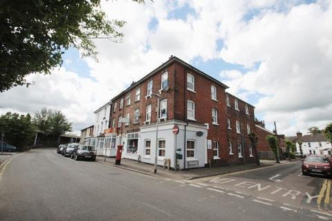 6 bedroom property for sale - Barden Road, Tonbridge
