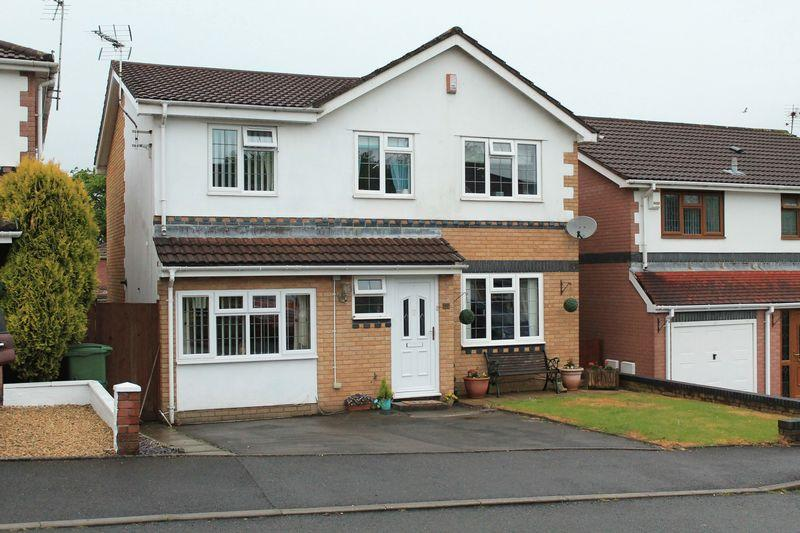 4 Bedrooms Detached House for sale in Parc Bryn Derwen, Llanharan