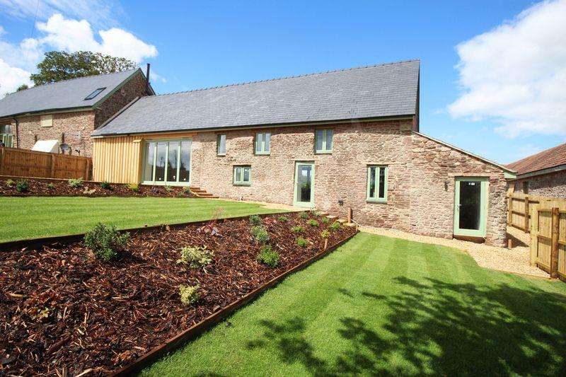4 Bedrooms Barn Conversion Character Property for sale in Llandowlais Farm , Usk