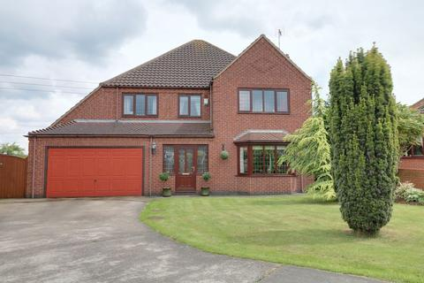 4 bedroom detached house for sale - Wisteria Way Scunthorpe