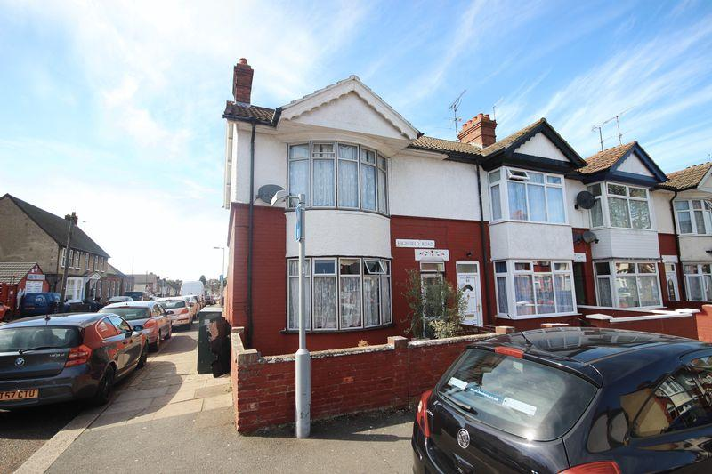 3 Bedrooms End Of Terrace House for sale in Highfield Road, Luton