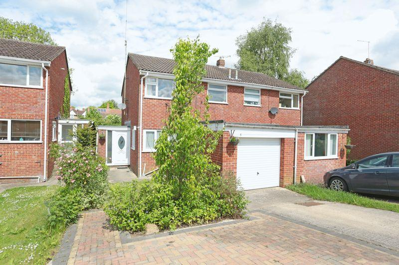 3 Bedrooms Semi Detached House for sale in Market Lavington, Wiltshire, SN10 4BX