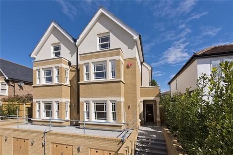 4 bedroom semi-detached house for sale - Baker Street, Weybridge, Surrey, KT13