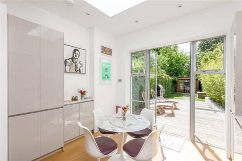 2 bedroom terraced house for sale - Upper Park Road, Belsize Park, London, NW3