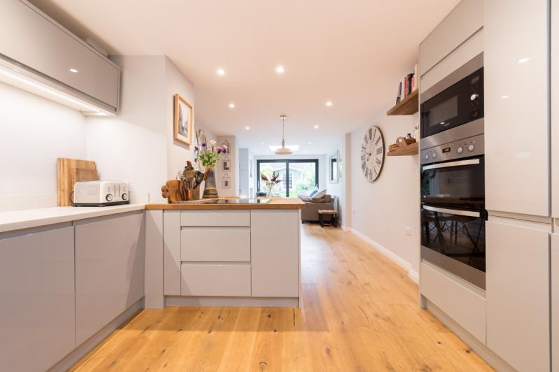 2 Bedrooms Terraced House for sale in Grove Street, Oxford