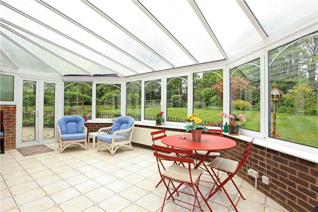 Blackham Tunbridge Wells Kent Tn3 4 Bed Detached House For Sale 995 000