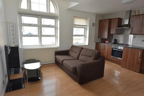 2 bedroom apartment - 26 Fordham Street, Whitechapel, London E1