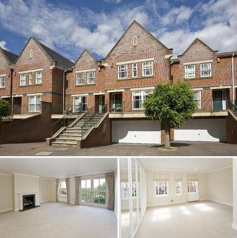 4 bedroom terraced house to rent - Pinel Close, Virginia Water, Surrey GU25 4SP