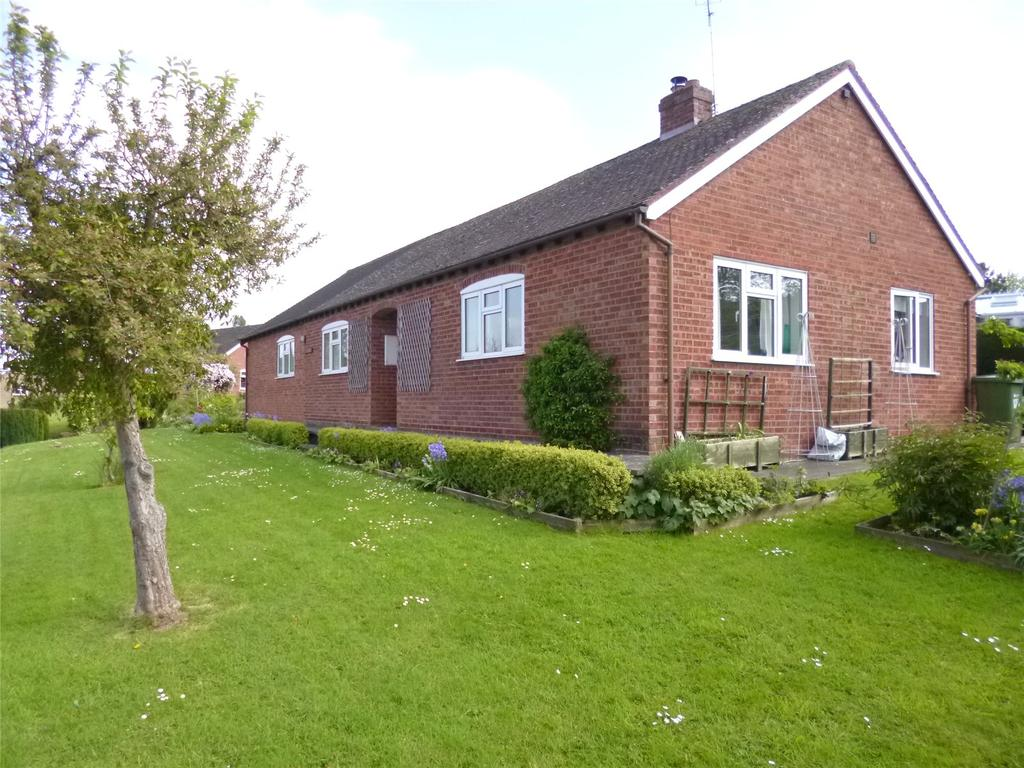 3 Bedrooms Detached Bungalow for sale in Castle Road, Richards Castle, Ludlow