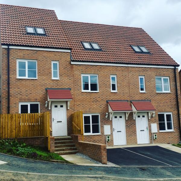 3 Bedrooms Terraced House for sale in PLOT 7, LINDALE PARK, ALVERTHORPE WF2 0AN