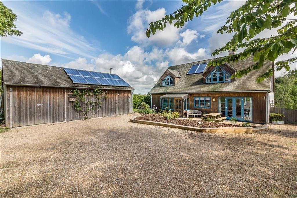 4 Bedrooms Detached House for sale in North Street, South Petherton, Somerset, TA13