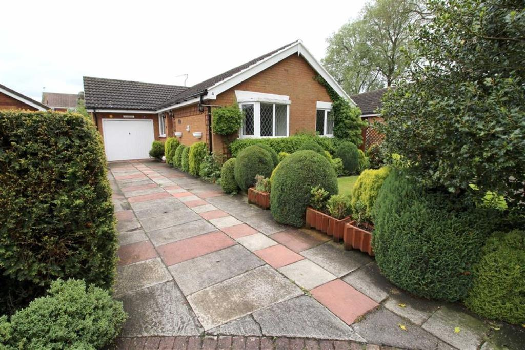 3 Bedrooms Detached Bungalow for sale in Ash Grove, Cranswick, East Yorkshire