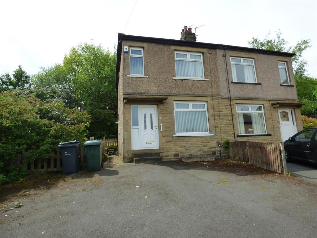 3 Bedrooms Semi Detached House for sale in Yarwood Grove, Horton Bank, Bradford, BD7 4RN