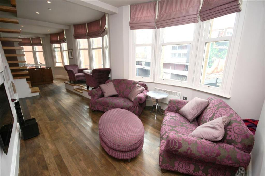 2 Bedrooms Flat for rent in Britannic Buildings, 42-46 Victoria Street, Manchester, M3