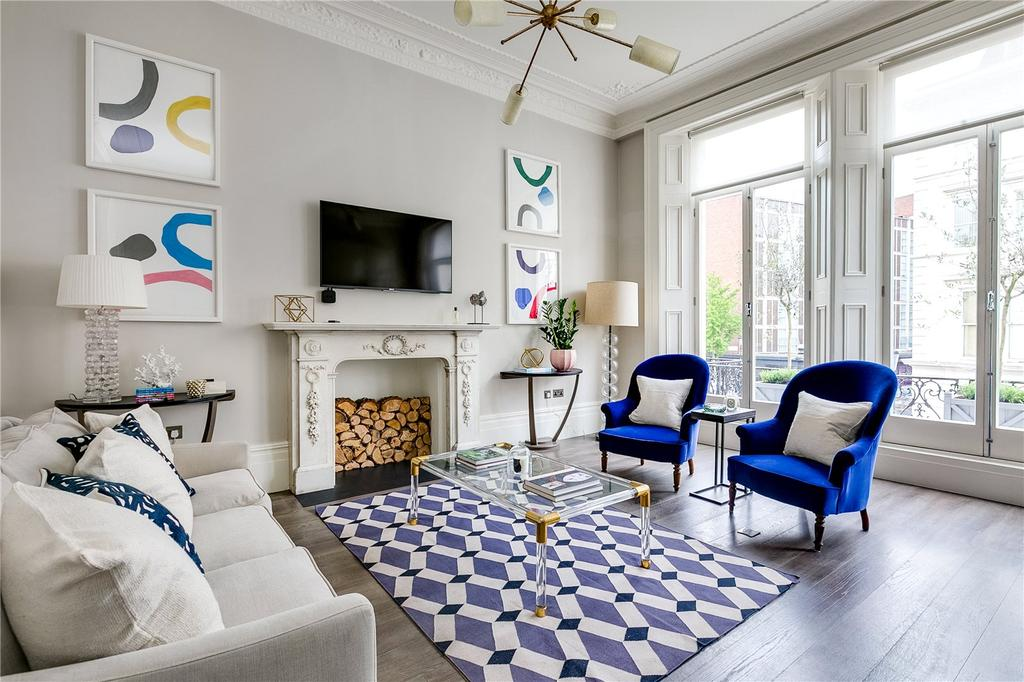 2 Bedrooms Flat for sale in Collingham Place, Earls Court, London