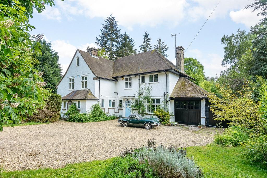 5 Bedrooms Detached House for sale in Horsham Road, Bramley, Guildford, Surrey